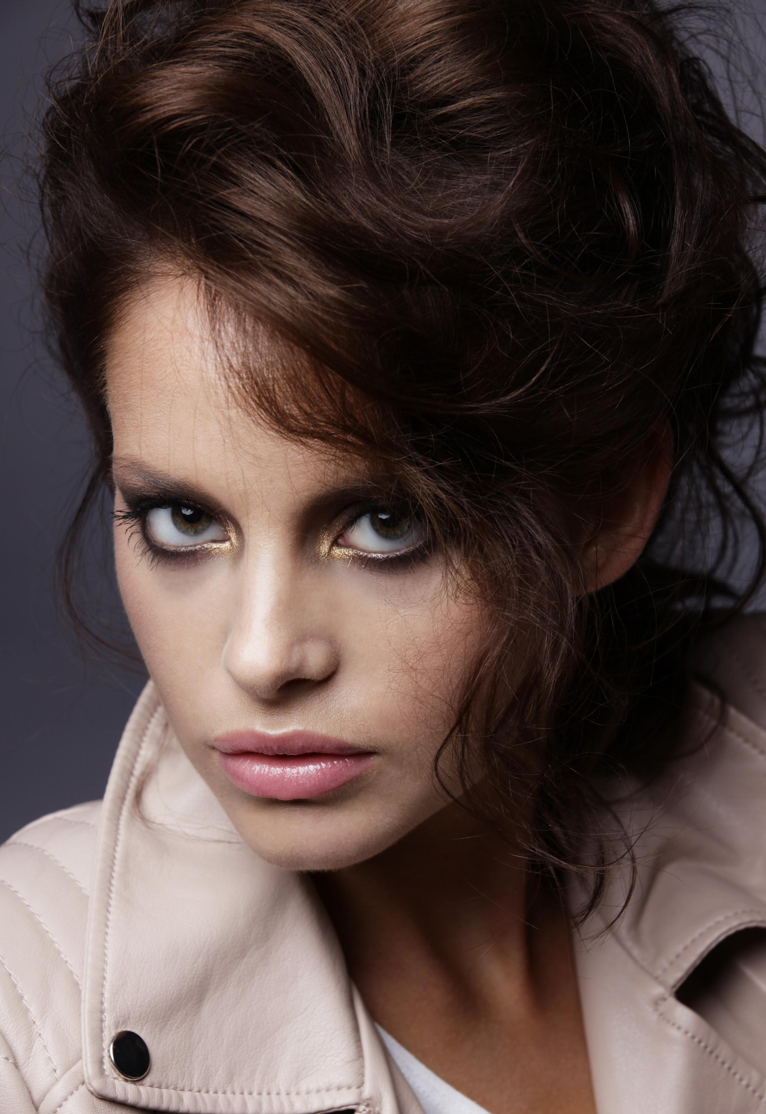 Model: Sandra Stokka Hair & make-up: Shlomi Ruimi