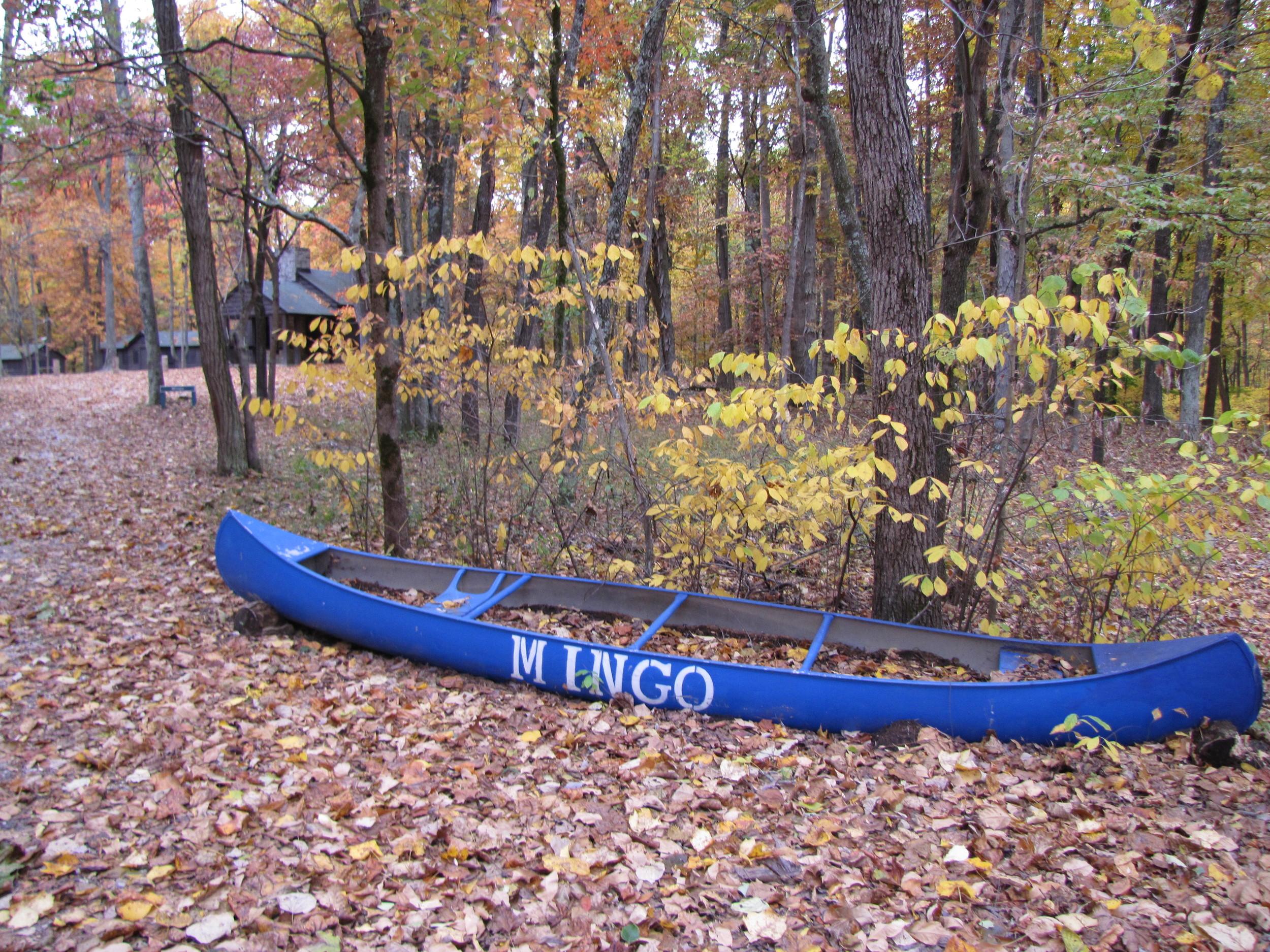 Canoe Planter Camp Piomingo