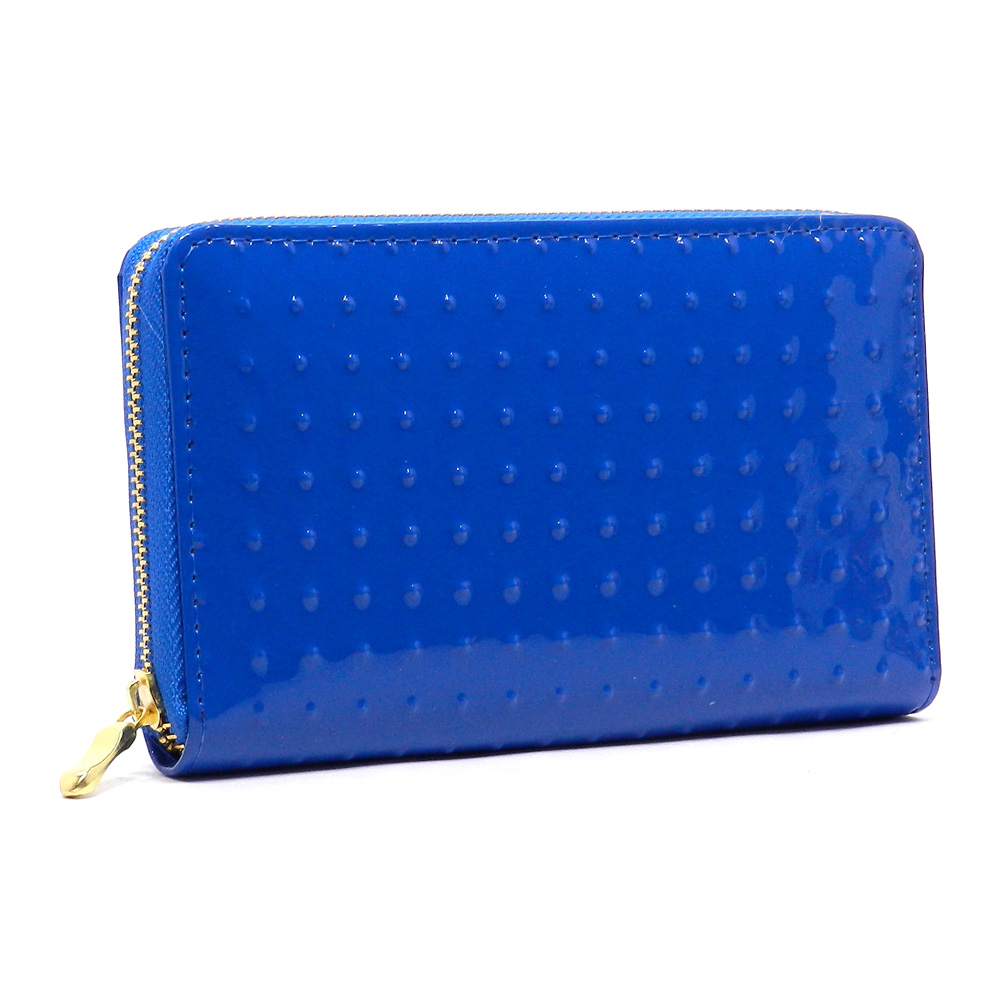 Keep your stuff safe with a zip wallet!