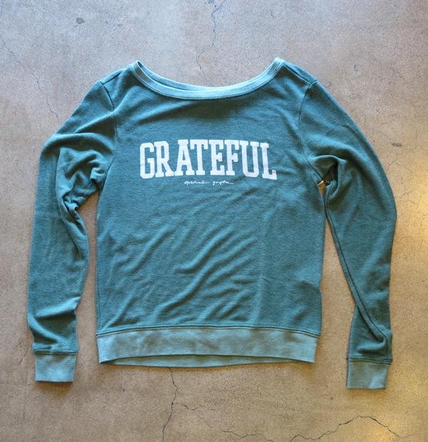 Grateful Pullover