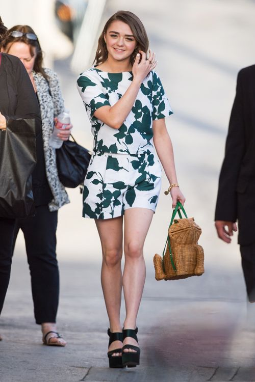 Maisie Williams rocks a printed set
