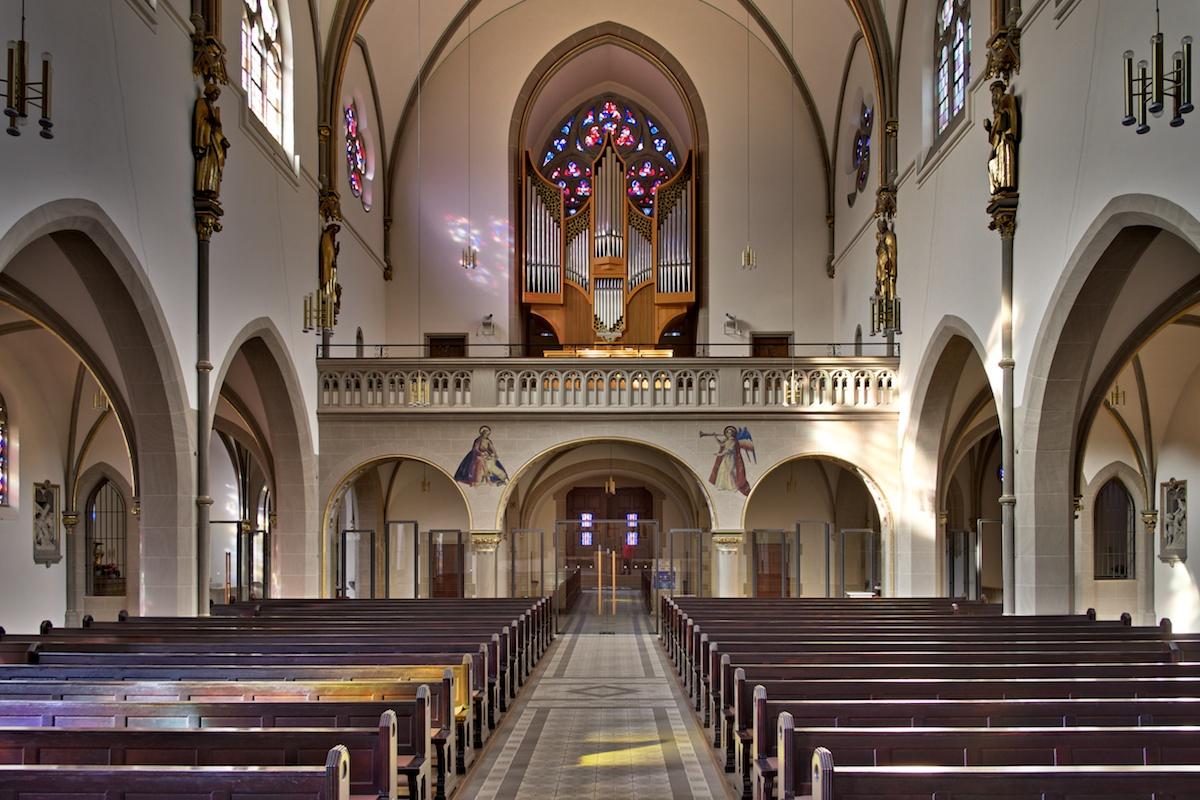 Orgelempore der Dreifaltigkeitskirche Wiesbaden. Foto: Dahlhoff
