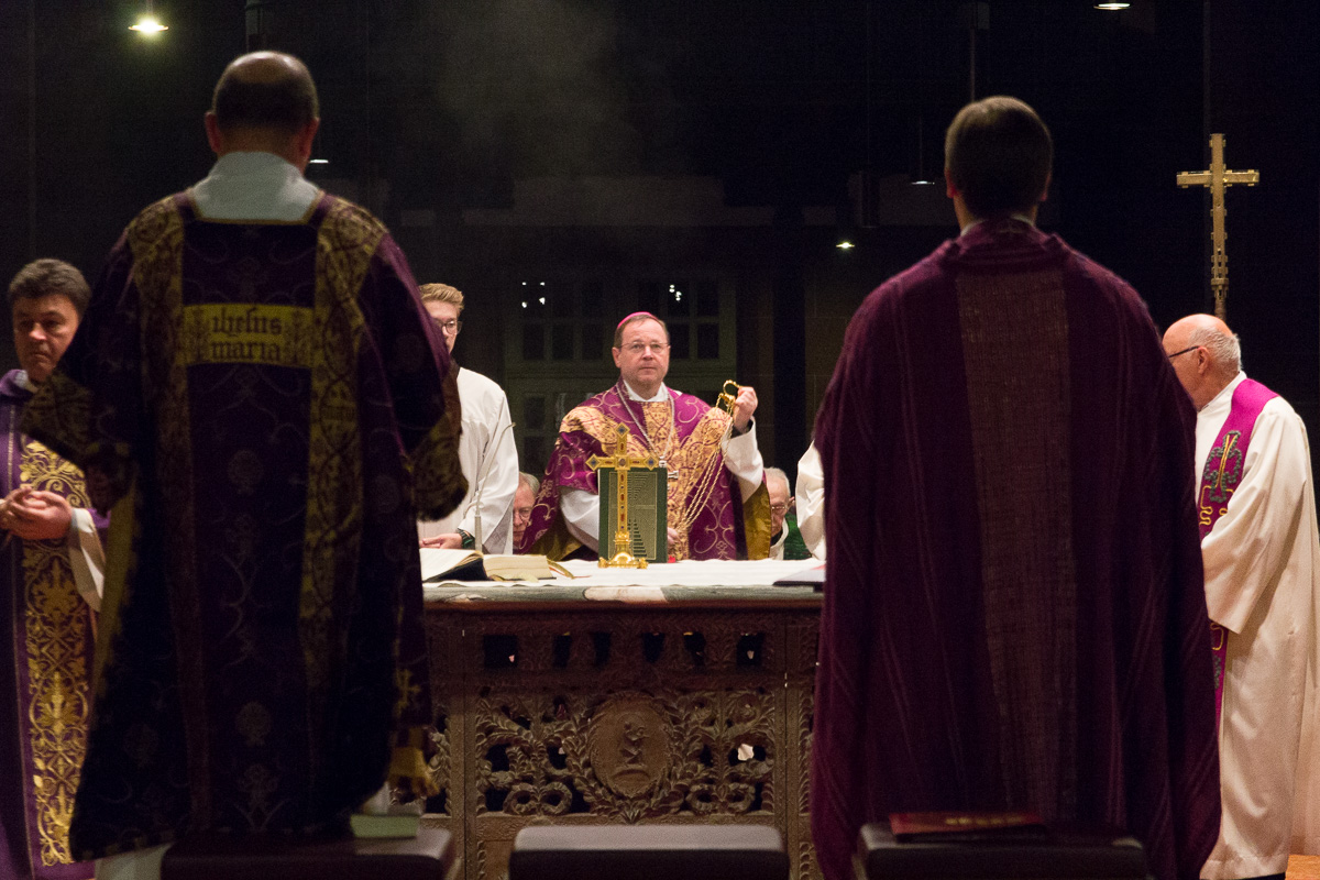 Pontifikalamt mit Bischof Dr. Georg Bätzing in St. Bonifatius. Foto: Benjamin Dahlhoff