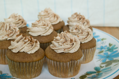 Snickerdoodle Cupcake 4.jpg