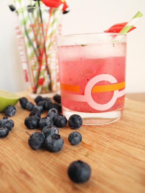 Blueberry Smash Cocktail 2.jpg