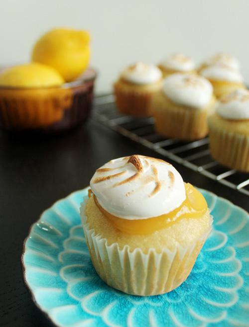 Lemon Cupcakes 3.jpg