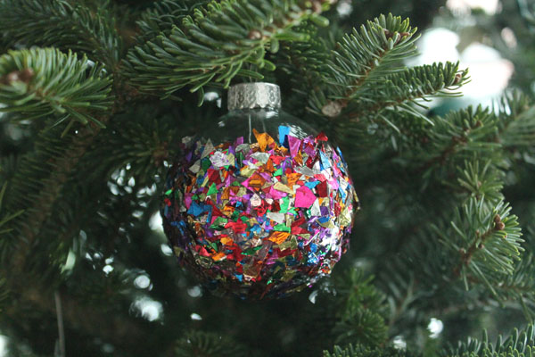 Confetti Christmas Ornament 7.jpg