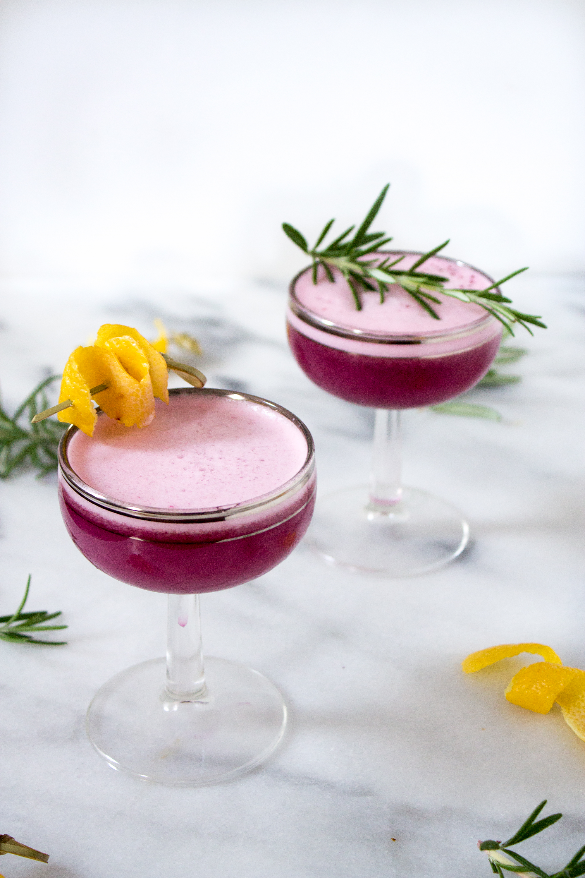 Blueberry Gin Sour Cocktail via Unusually Lovely