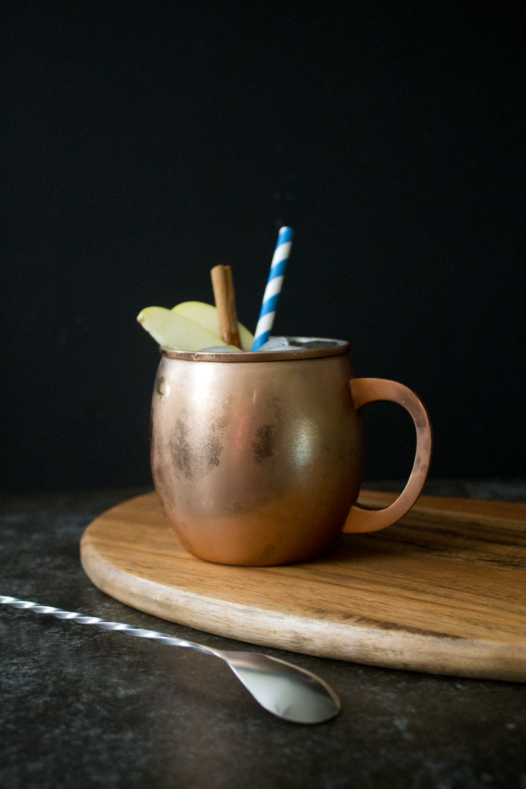 Moscow Mule with Apple Cider via Unusually Lovely