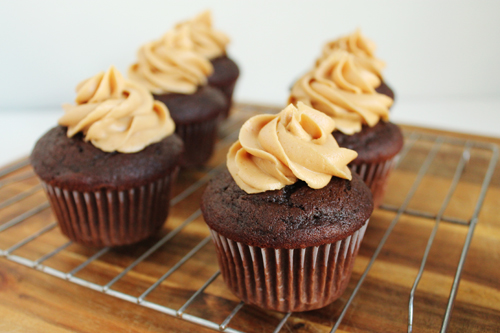 Chocolate Peanut Butter Cupcakes via Unusually Lovely