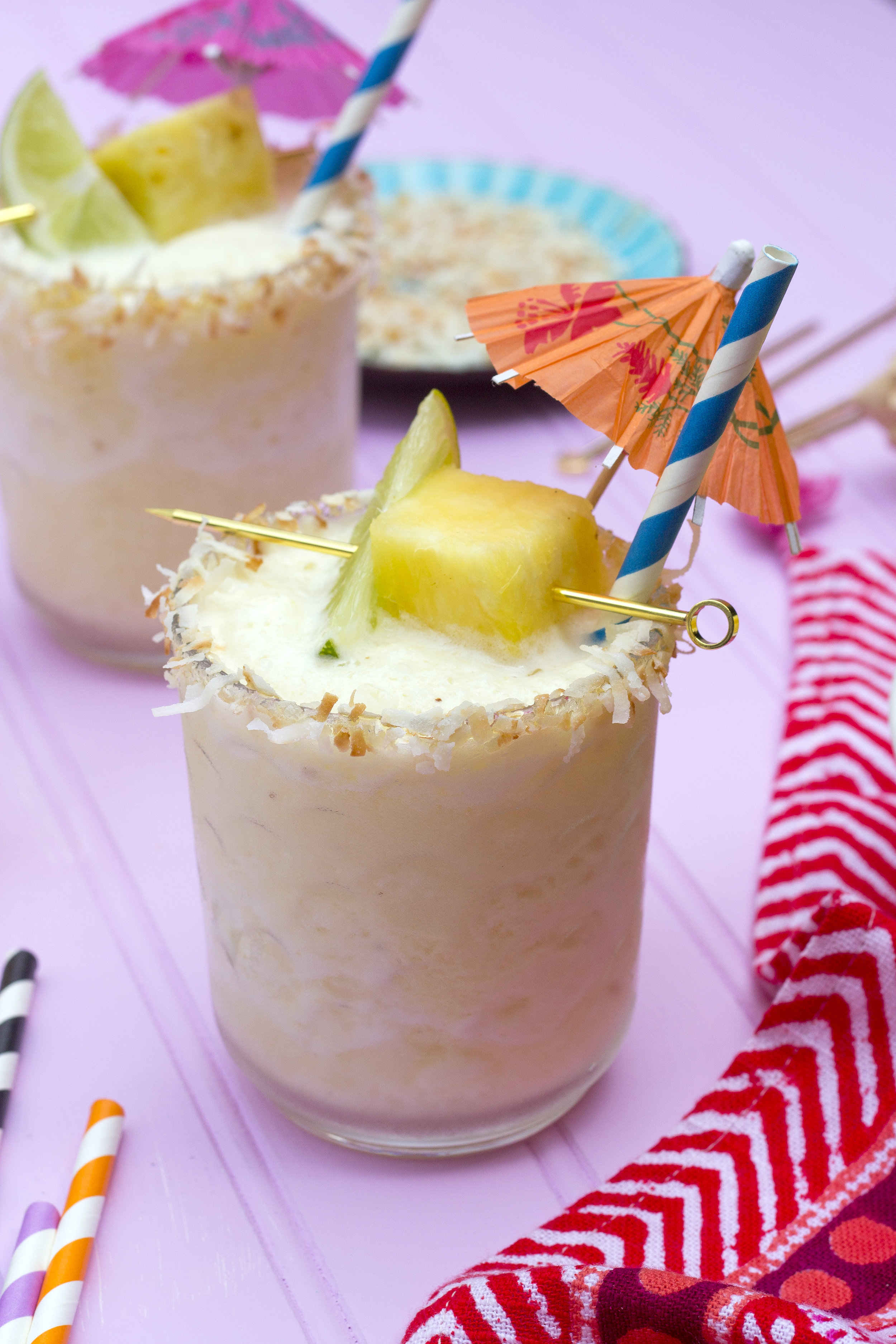 Frozen Pineapple and Coconut Margaritas! Get the recipe: Unusuallylovely.com