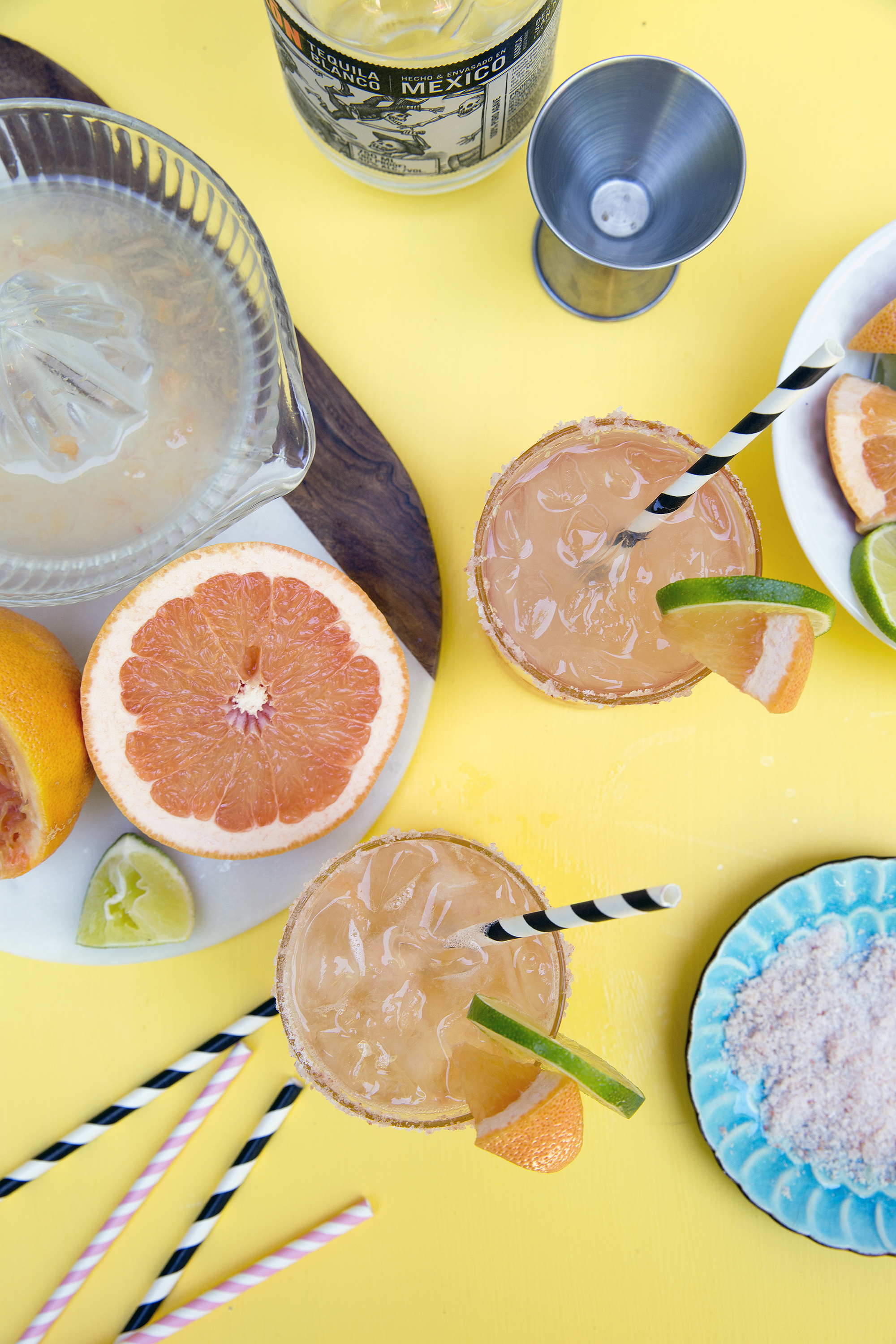 Get the recipe for this Paloma Cocktail! UnusuallyLovely.com