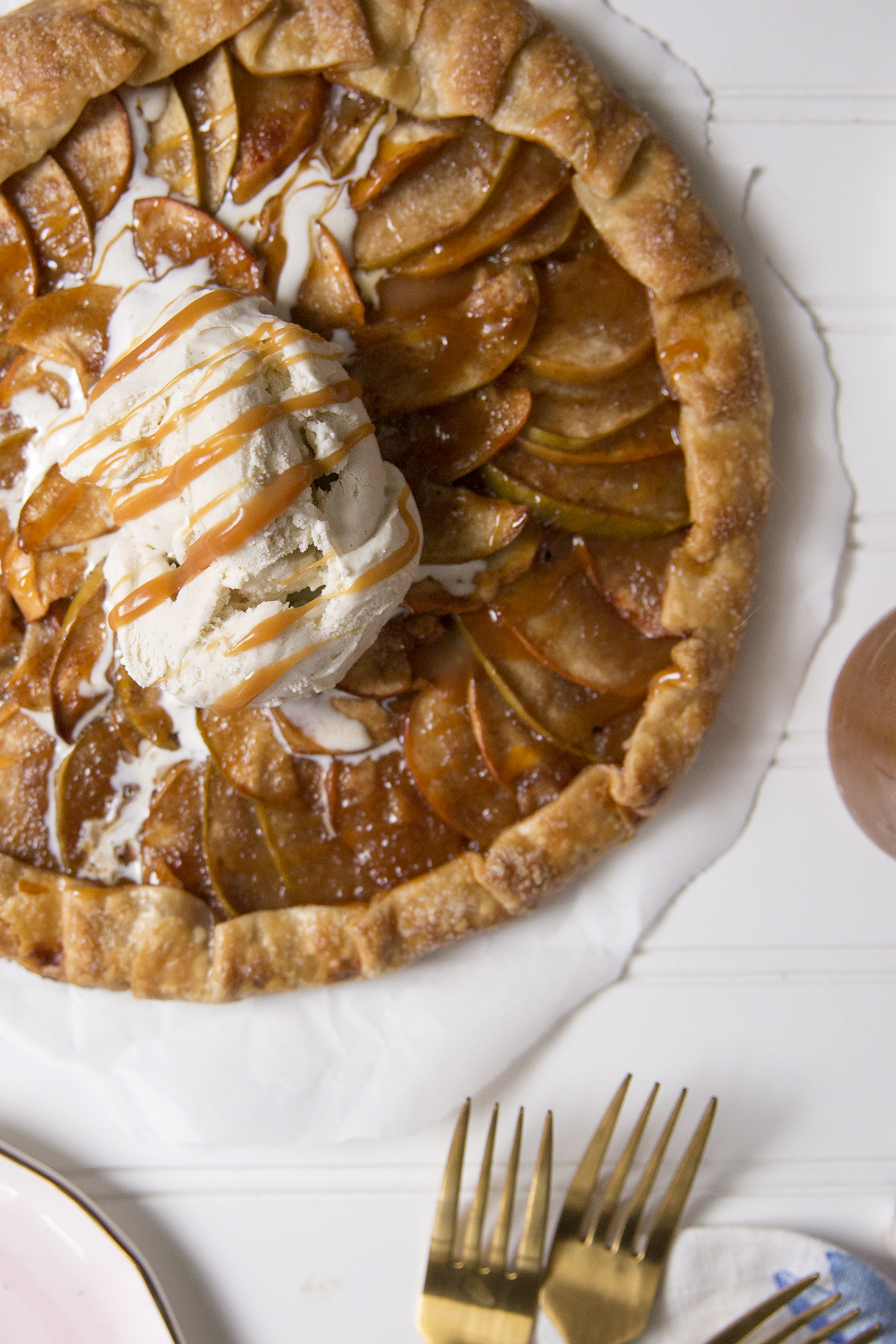Apple Galette with homemade caramel sauce. Unusuallylovely.com