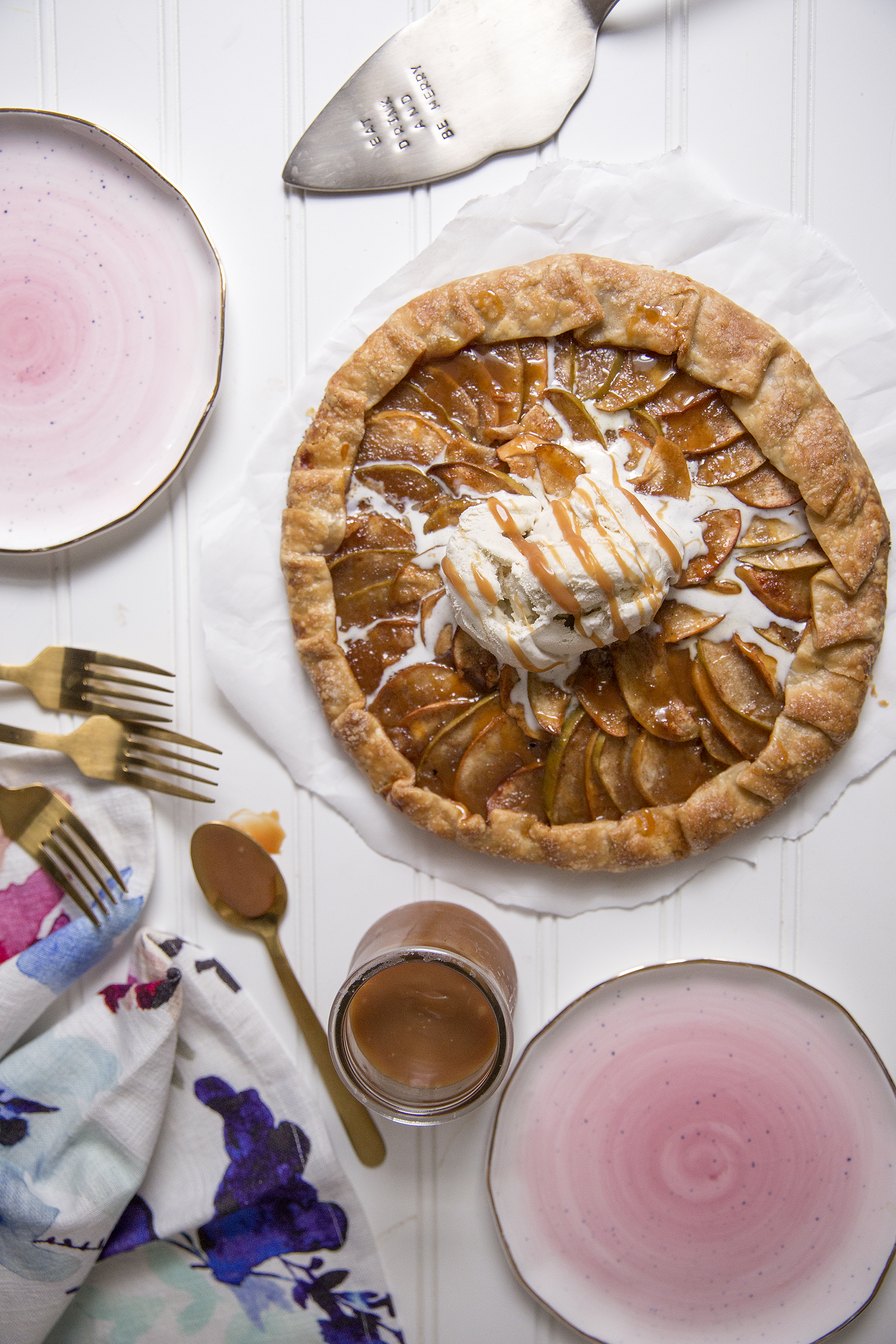 Simple holiday dessert. Get the recipe for this Caramel Apple Galette at Unusuallylovely.com