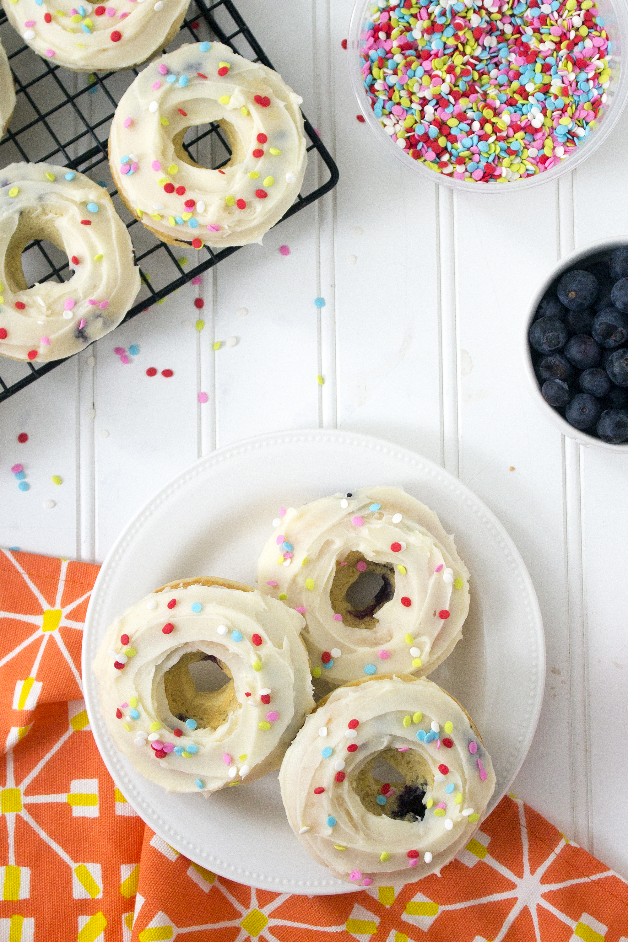 Baked Lemon and Blueberry Donuts are easy and delicious. Get the recipe: unusuallylovely.com