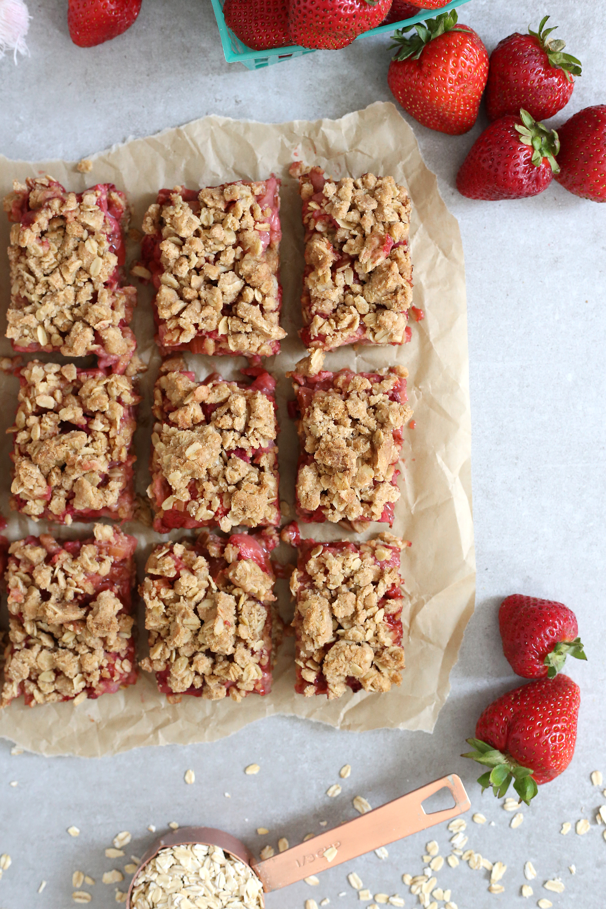 Perfect summer treat: Strawberry Rhubarb Bars! Get the recipe: Unusuallylovely.com