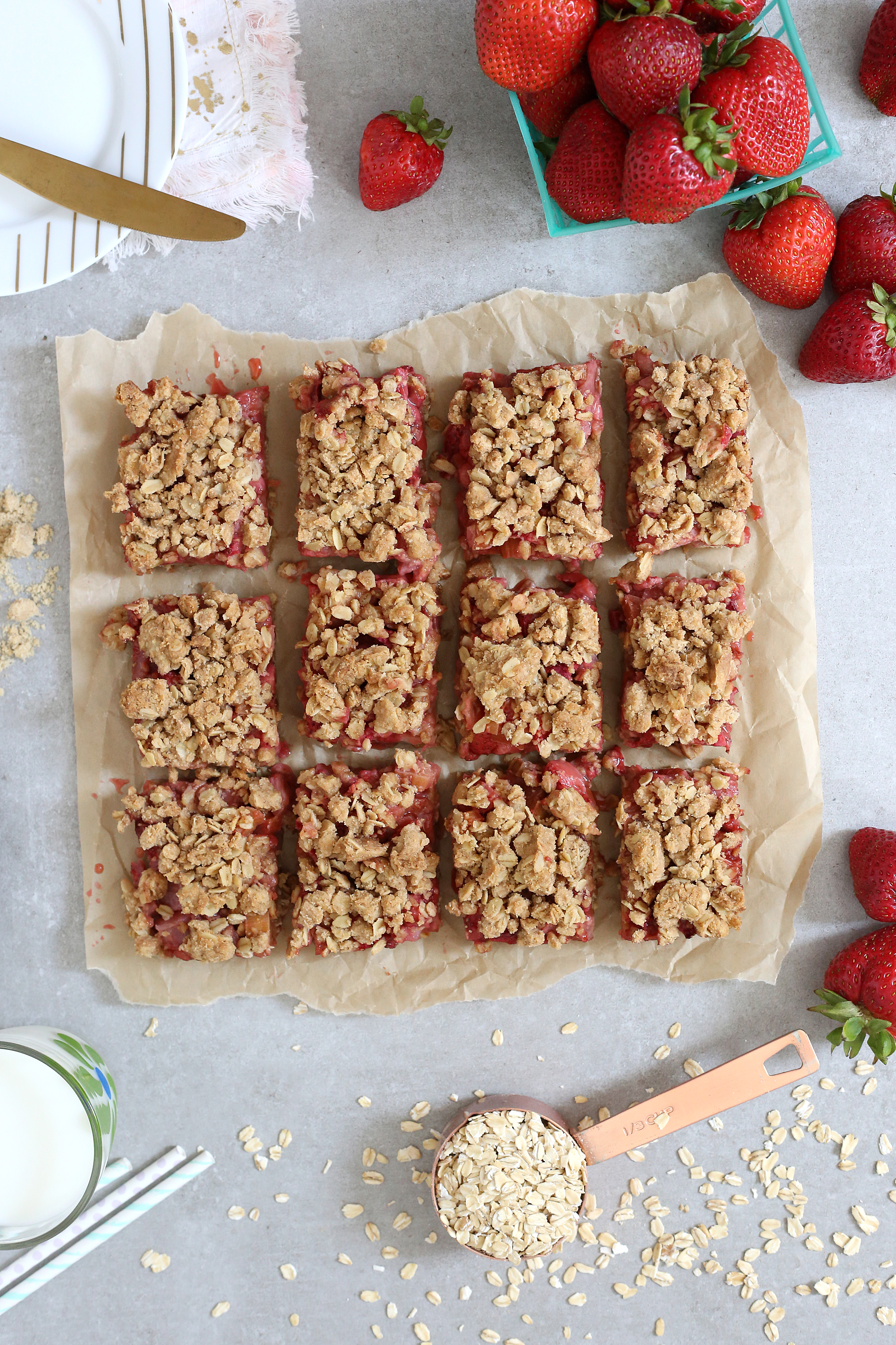 Breakfast or dessert: Strawberry Rhubarb Bars are it! Grab the recipe: Unusuallylovely.com