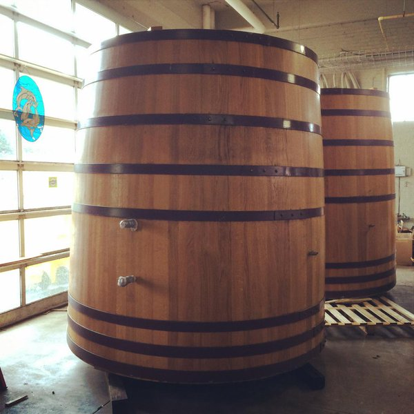 What's a foeder? This is a foeder. Swiped, with love, from Perennial's Twitter account.