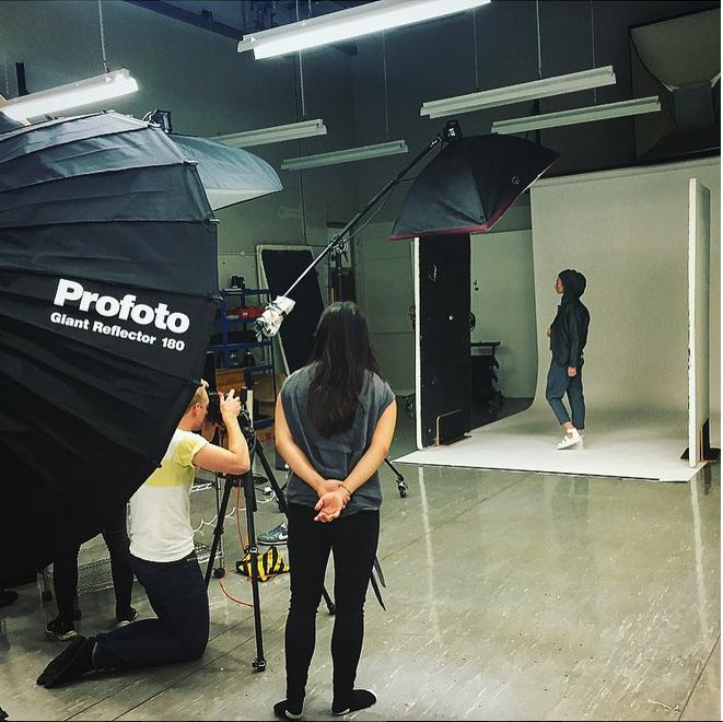 behind the scenes fashion photo shoot