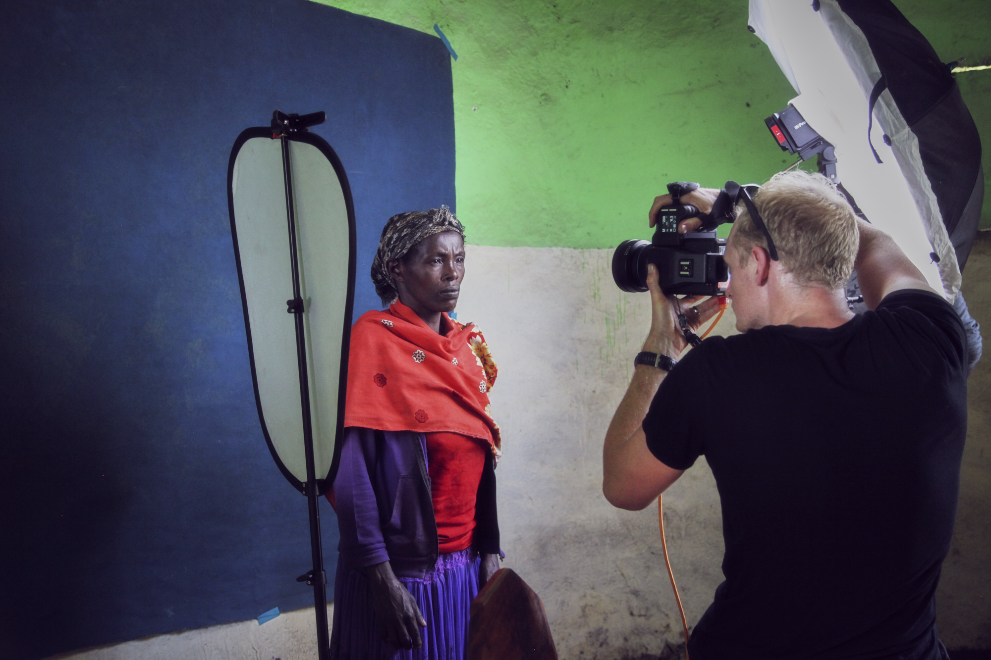 Podo by Matthew Joseph behind the scenes Phase One portrait
