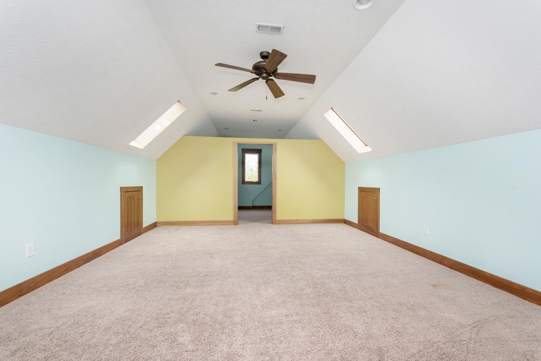 28_Bonus Room.jpg