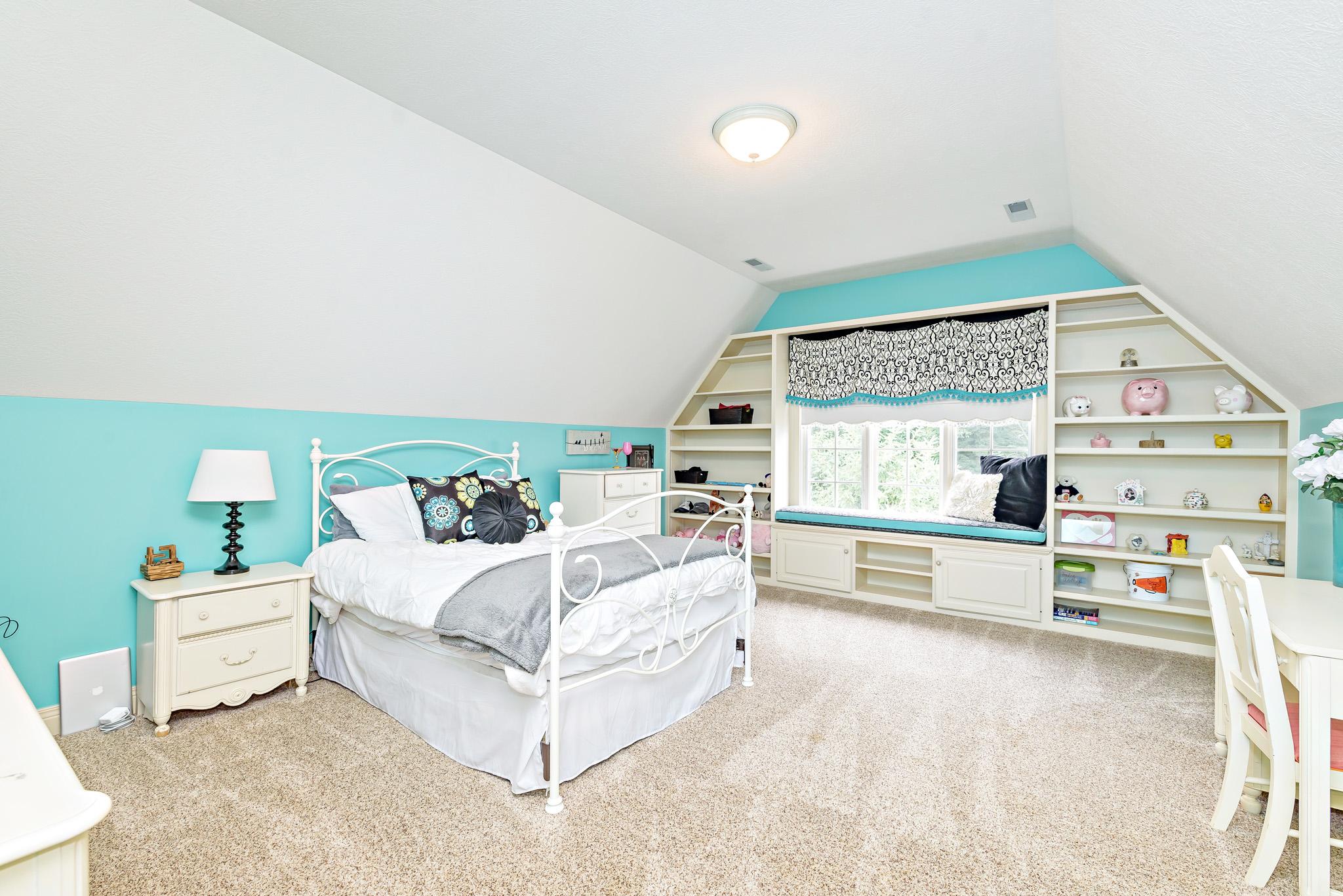 27_Bedroom 2.jpg