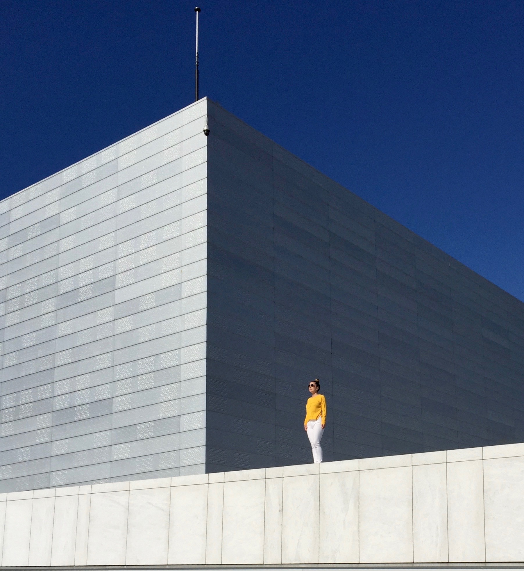 THE NORWEGIAN NATIONAL OPERA & BALLET HOUSE • OSLO, NORWAY PHOTOGRAPHER: OLIVER