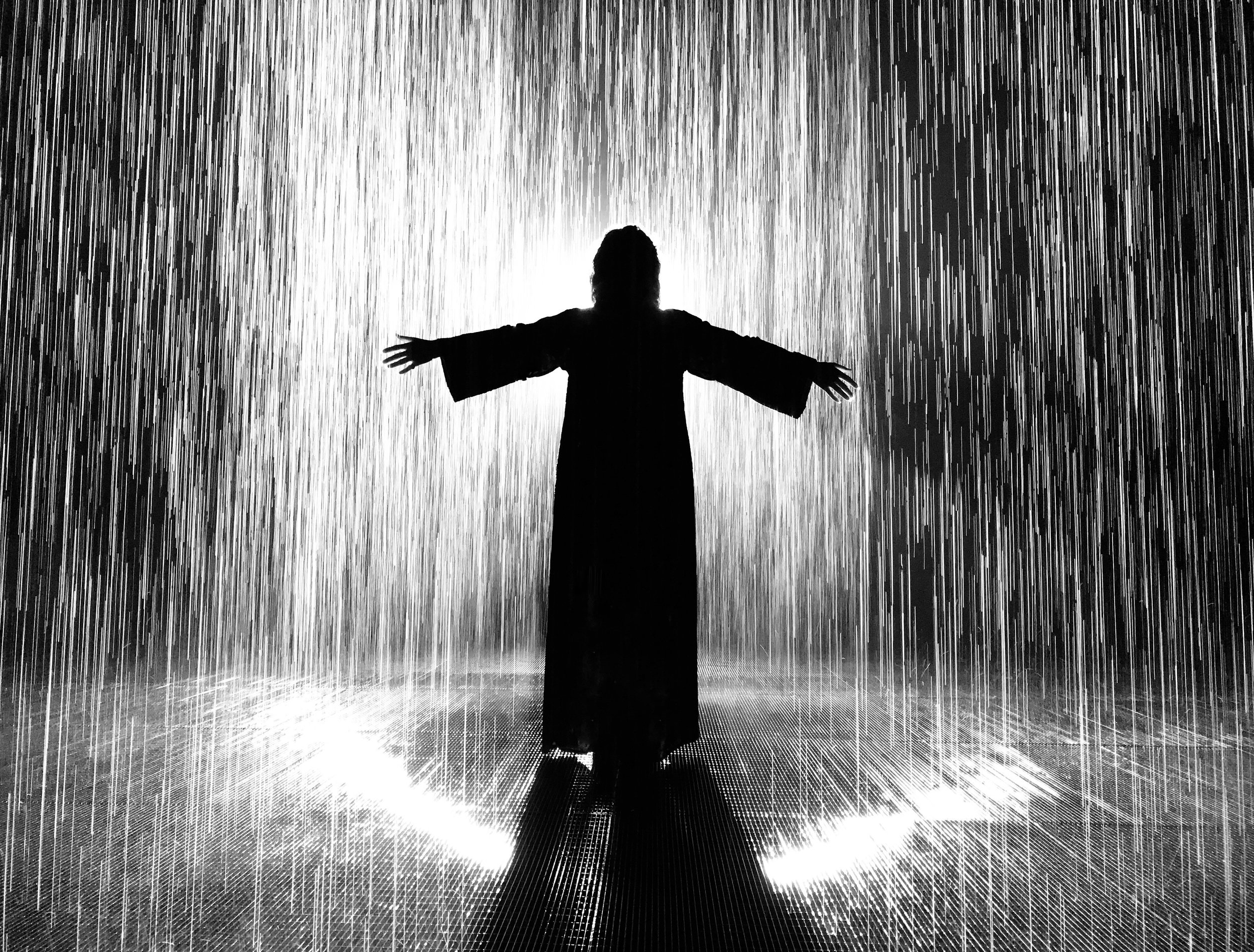 RAIN ROOM • SHARJAH, UAE PHOTOGRAPHER: WALEED