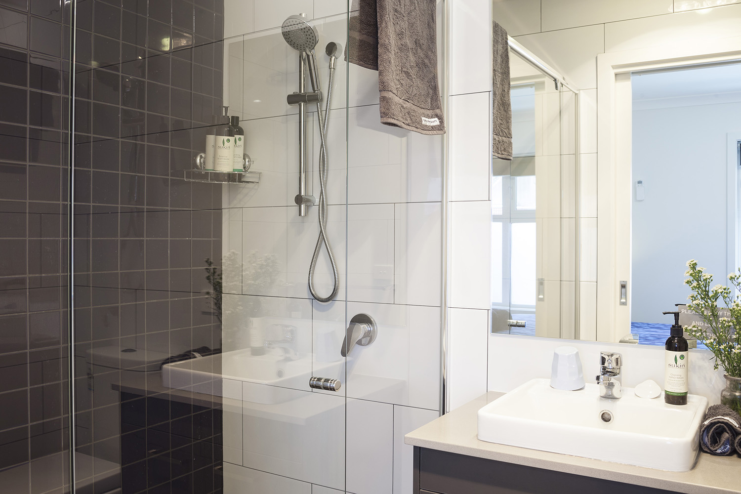 One of a Kind Apartments ensuite.jpg
