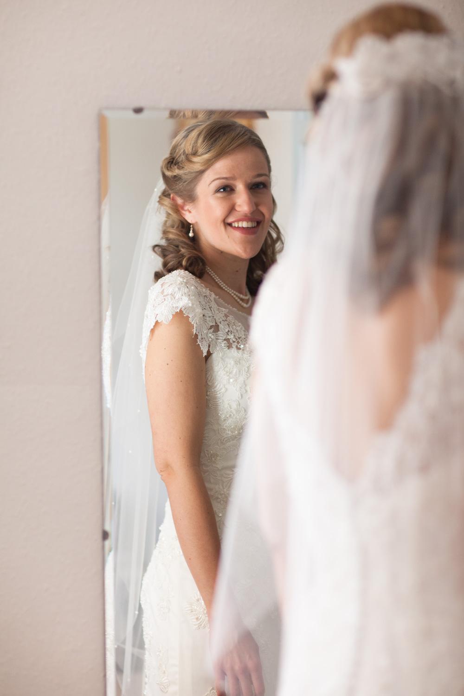 Bristol-Wedding-Photographer-Mark-Barnes-Guyers-House-Corsham-Alison-and-Giles-11.jpg