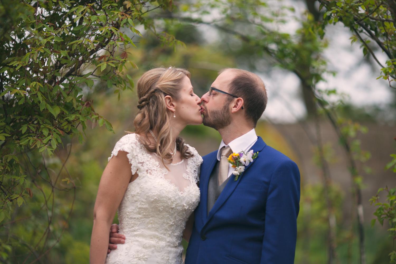 Bristol-Wedding-Photographer-Mark-Barnes-Guyers-House-Corsham-Alison-and-Giles-61.jpg