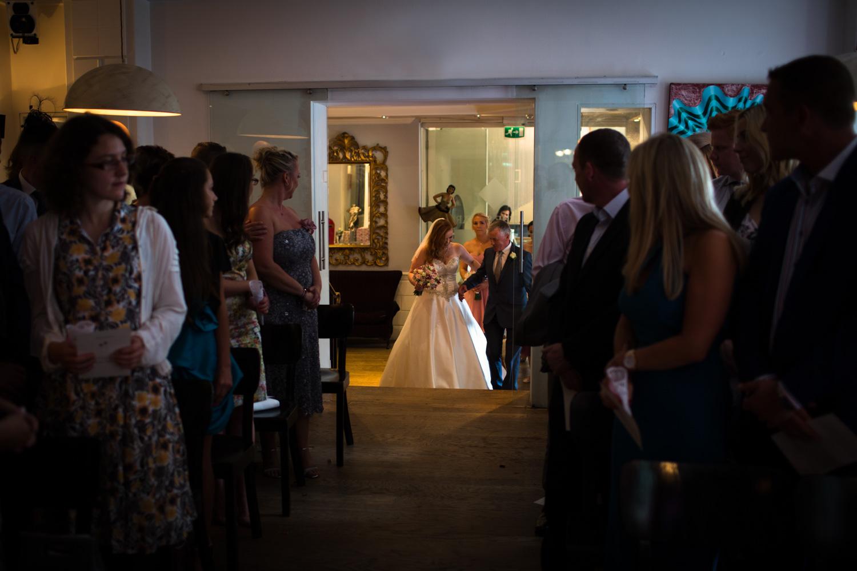 Mark_Barnes_Bristol_Wedding_Photographer_The_Square_Hotel_Bristol_wedding_photography-26.jpg