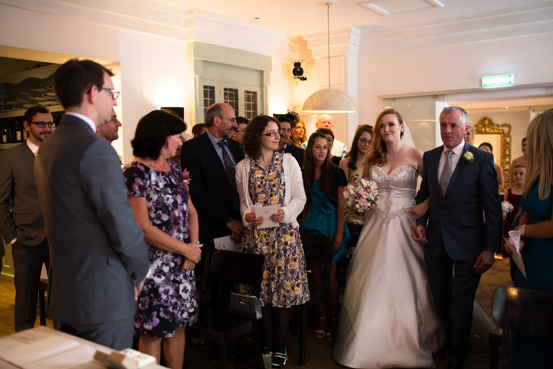 Mark_Barnes_Bristol_Wedding_Photographer_The_Square_Hotel_Bristol_wedding_photography-27.jpg