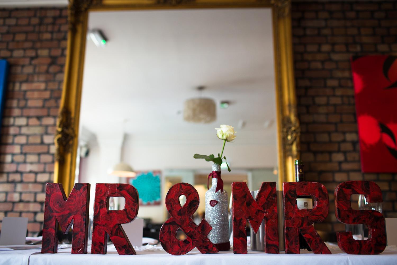 Mark_Barnes_Bristol_Wedding_Photographer_The_Square_Hotel_Bristol_wedding_photography-45.jpg