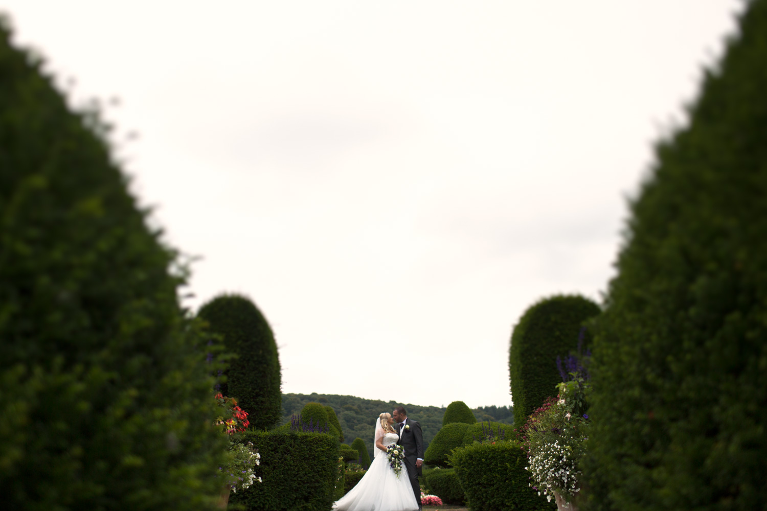 Mark_Barnes_Bristol-wedding-photography-aldwick-court-farm-and-vineyard-wedding-Photography-28.jpg