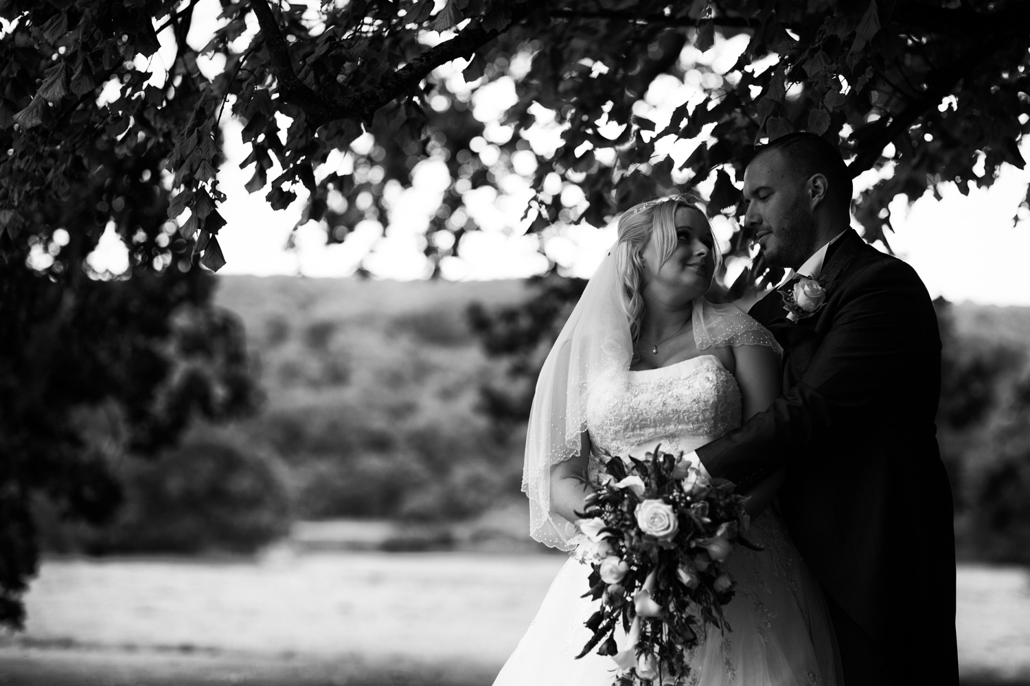 Mark_Barnes_Bristol-wedding-photography-aldwick-court-farm-and-vineyard-wedding-Photography-30.jpg