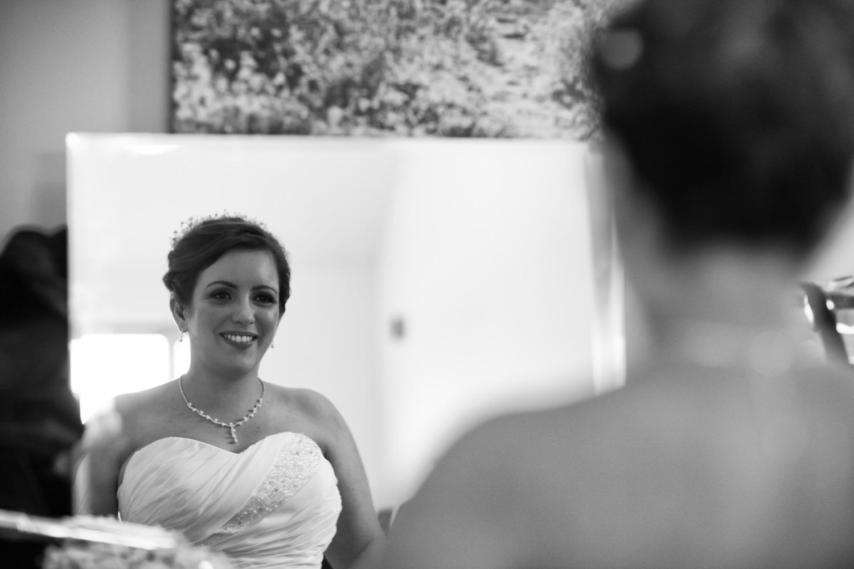 Mark_Barnes_Bristol_wedding_photographer_folly_farm_centre_weding _photography-12.jpg