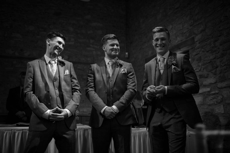 Mark_Barnes_Bristol_wedding_photographer_folly_farm_centre_weding _photography-14.jpg