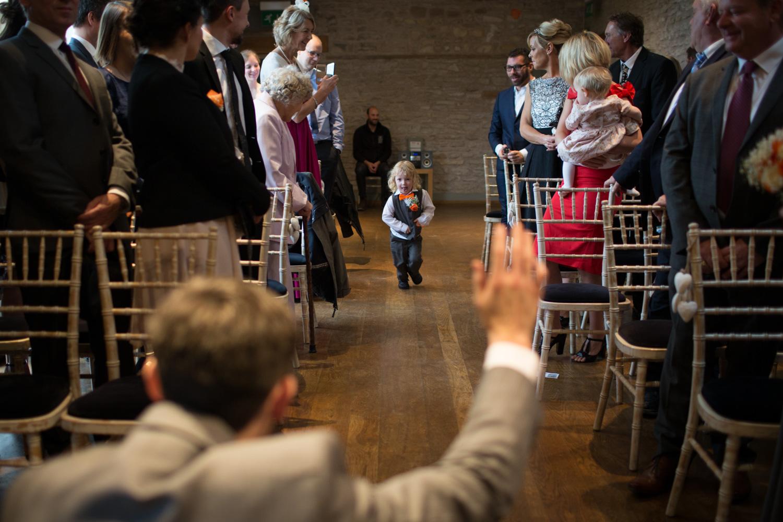 Mark_Barnes_Bristol_wedding_photographer_folly_farm_centre_weding _photography-15.jpg