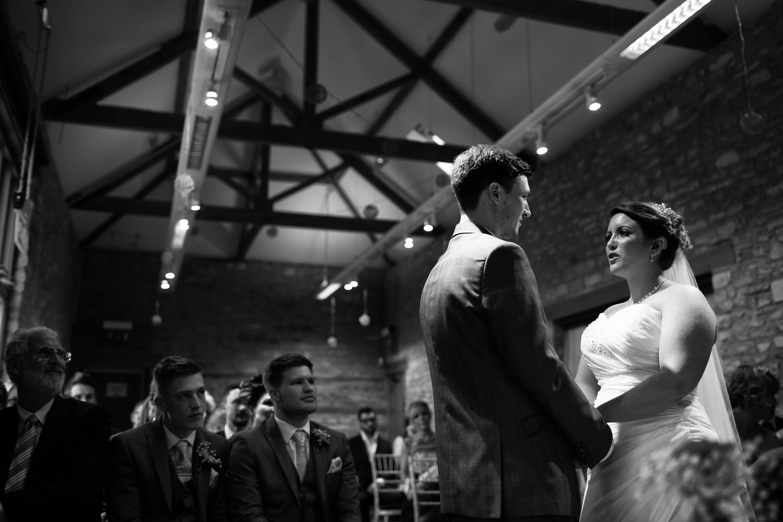 Mark_Barnes_Bristol_wedding_photographer_folly_farm_centre_weding _photography-18.jpg