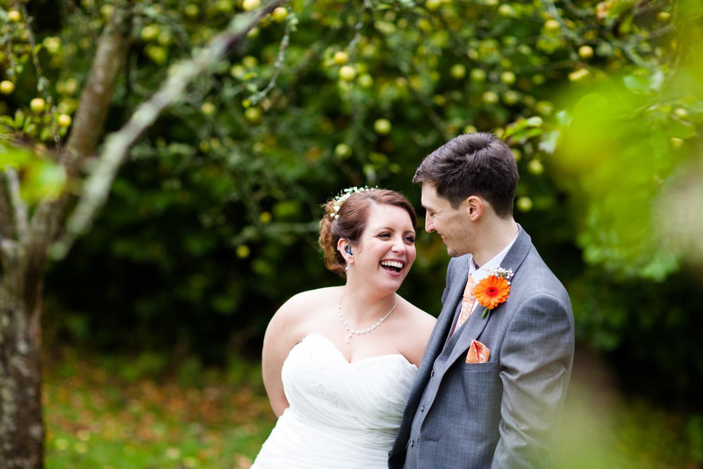 Mark_Barnes_Bristol_wedding_photographer_folly_farm_centre_weding _photography-34.jpg