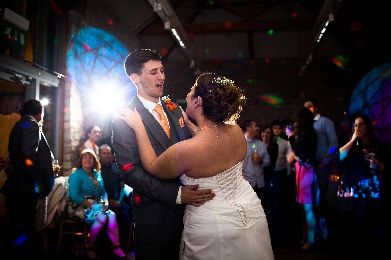 Mark_Barnes_Bristol_wedding_photographer_folly_farm_centre_weding _photography-49.jpg