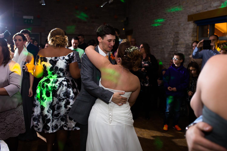 Mark_Barnes_Bristol_wedding_photographer_folly_farm_centre_weding _photography-51.jpg