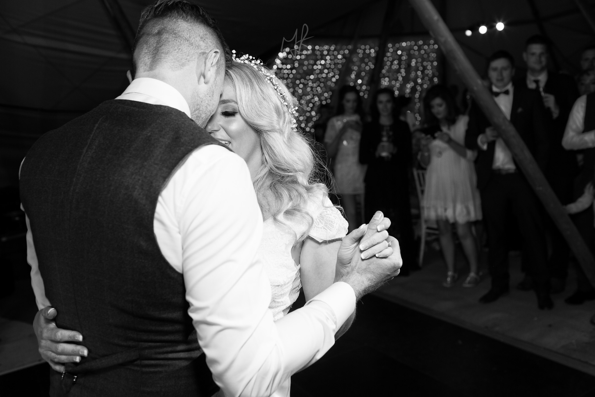 Northern_Ireland_Wedding-Photographer-Mark-Barnes-Newry_wedding_Photography-Katie&Darren-81.jpg