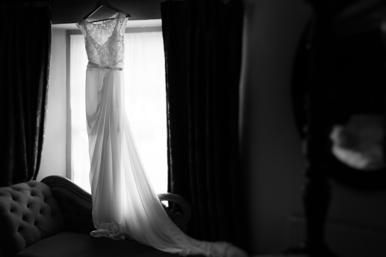 Bath-Wedding-Photographer-Mark-Barnes-Corsham_Guyers_House_wedding_Photography-1.jpg