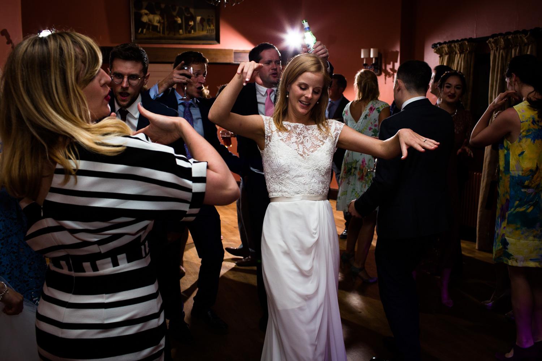 Bath-Wedding-Photographer-Mark-Barnes-Corsham_Guyers_House_wedding_Photography-83.jpg