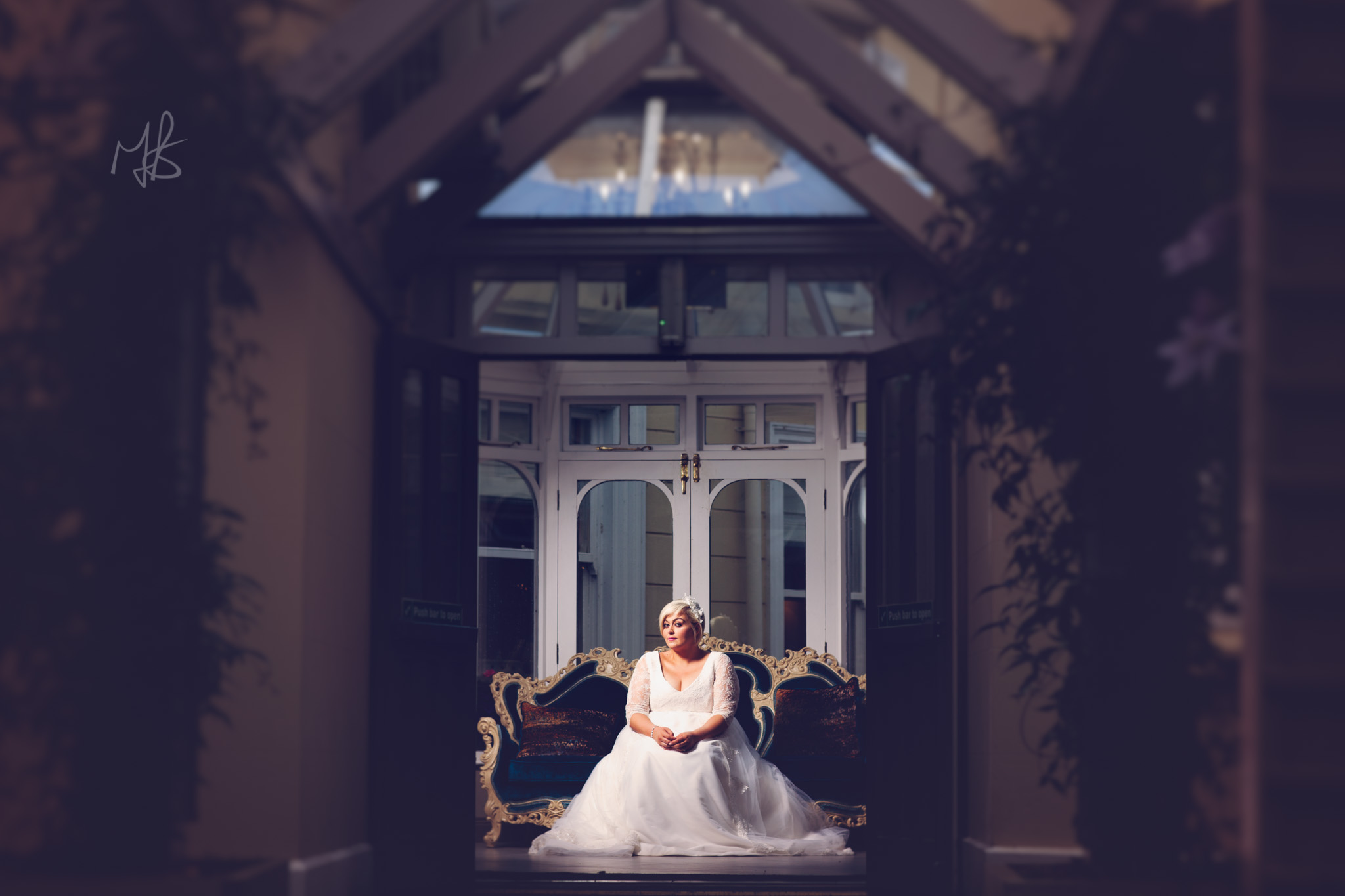 Northern-Ireland-Wedding-Photographer-Mark-Barnes-Ballymena_wedding-photography-Leighinmohr-House-Seamas_Alanna_For-web-46.jpg