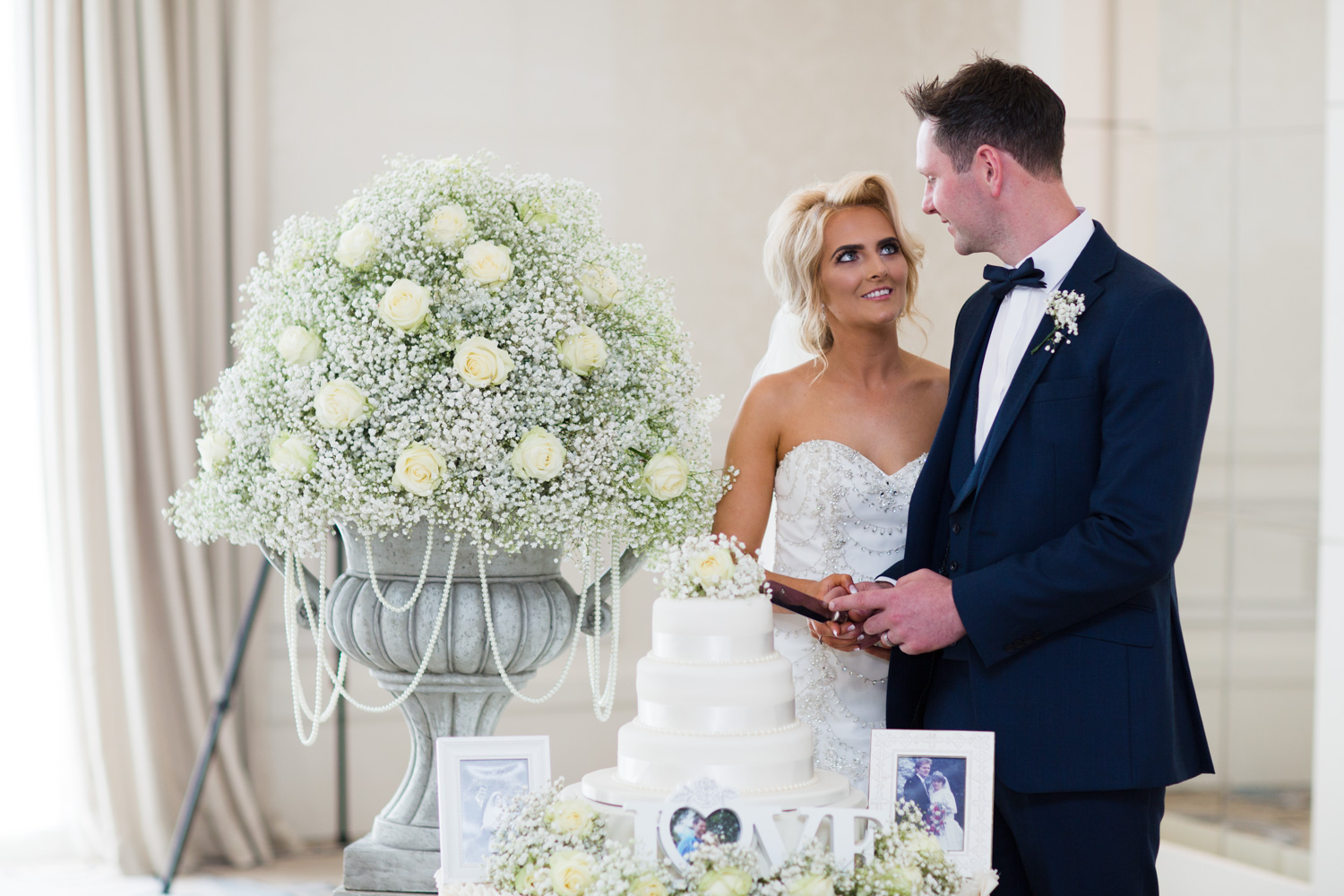Mark_Barnes_wedding_photographer_Northern_Ireland_Wedding_photography_Carlingford_Four_Seasons_Wedding-43.jpg