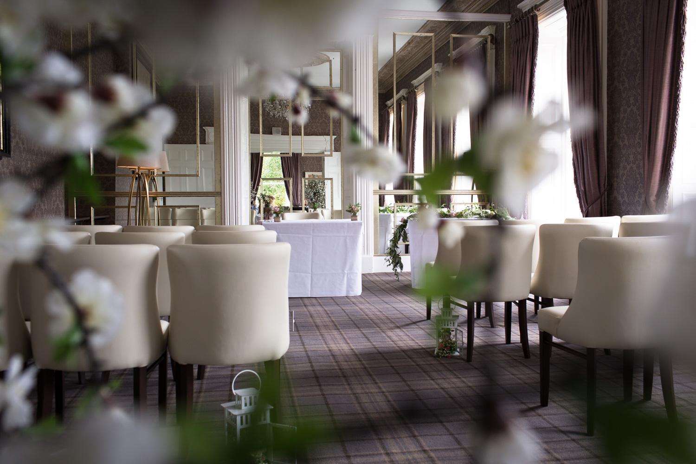 Mark_Barnes_Northern_Ireland_Wedding_Photography_Belmont_Hotel_Wedding_Photography_Michelle&Jonathan-previews-9.jpg