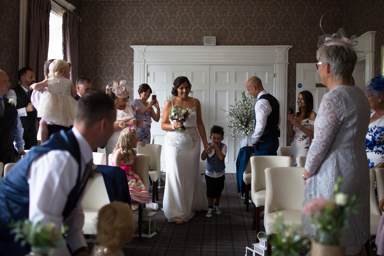 Mark_Barnes_Northern_Ireland_Wedding_Photography_Belmont_Hotel_Wedding_Photography_Michelle&Jonathan-previews-19.jpg